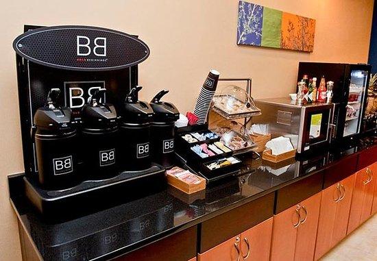 Racine, WI: Breakfast Area