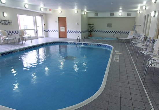 Σεντ Κλάουντ, Μινεσότα: Indoor Pool & Whirlpool