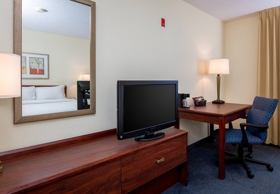 Independence, MO: Guest Room Amenities