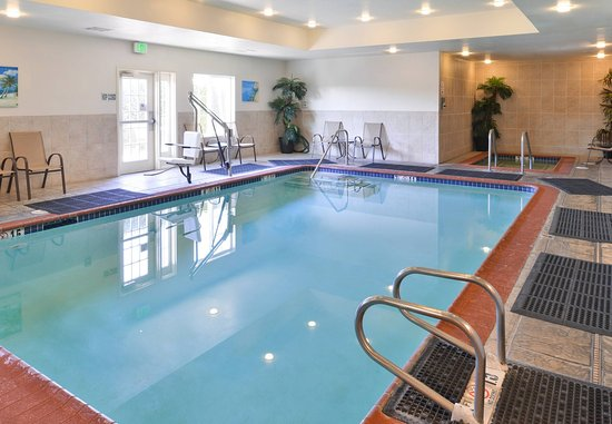 Elk Grove, Californië: Indoor Pool
