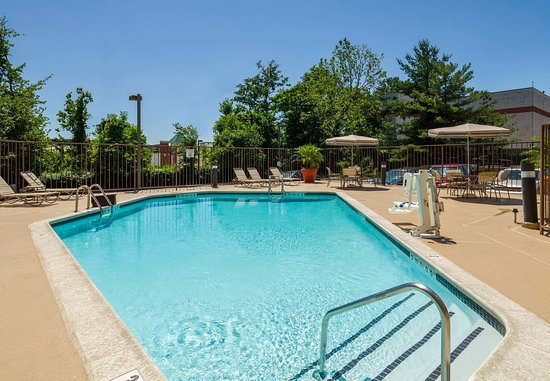 Laurel, MD: Outdoor Pool