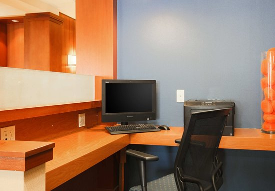 Sparks, NV: Business Center