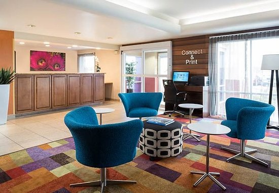 Fairfield Inn & Suites Phoenix North : Lobby
