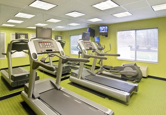 Emporia, VA: Modern Fitness Center