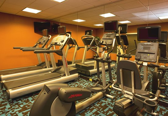 Edison, NJ: Fitness Center