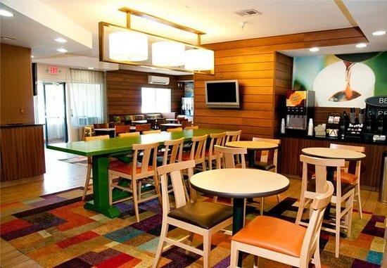 พอนกาซิตี, โอคลาโฮมา: Breakfast Area