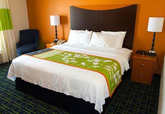 Beloit, WI : King Guest Room