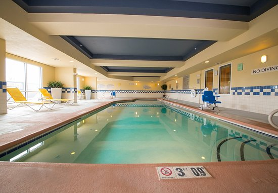 Cordele, GA: Indoor Pool and Spa