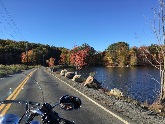 7 Lakes Drive