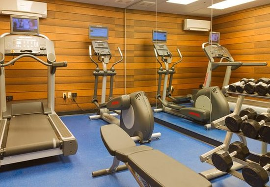 Saint Charles, MO: Fitness Center