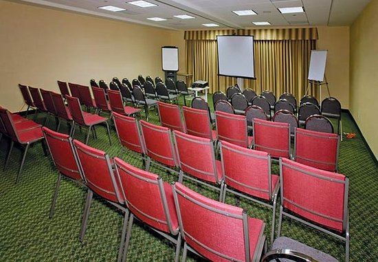 "Fairfield, CA: ""Vineyard"" Meeting Room"