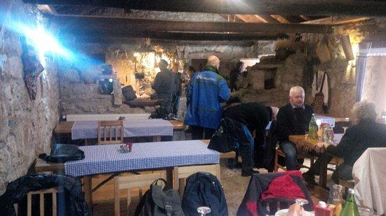 "Drnis, Kroasia: tavern ""Pilipovi dvori"""