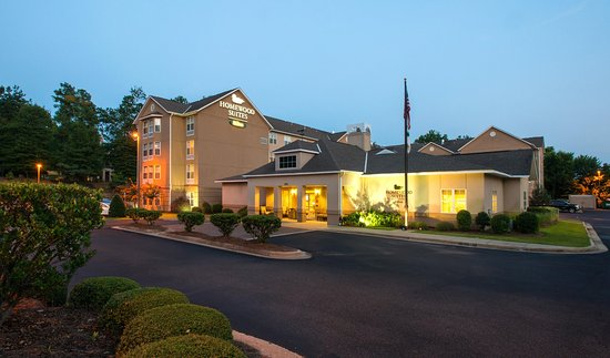 Homewood Suites by Hilton Montgomery: Hotel Exterior