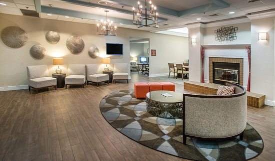 Homewood Suites by Hilton Montgomery: Lobby