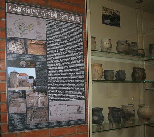 Vac, Hungria: Medieval cellar2