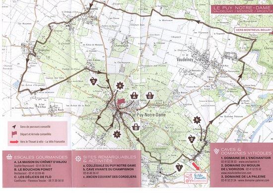 Le Puy-Notre-Dame, Frankrike: L' AOC, parcours Saumur Puy-Notre-Dame