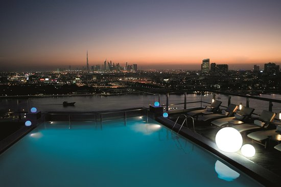 Hilton Dubai Creek hotel - Rooftop Pool