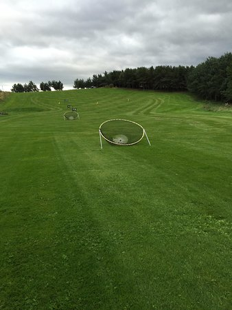 Forres, UK: Driving range