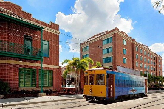 Hampton Inn & Suites Tampa/Ybor City/Downtown: Hampton Inn & Suites Tampa Ybor City Trolley