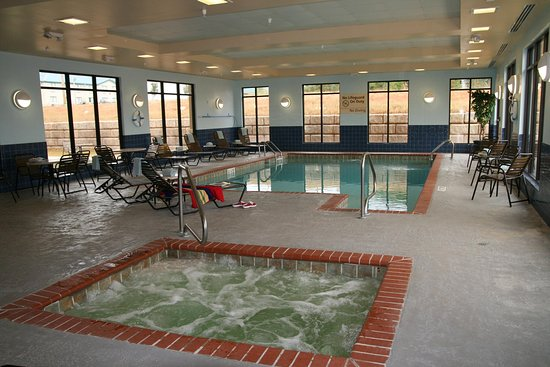 McComb, MS: Indoor Pool and Whirlpool