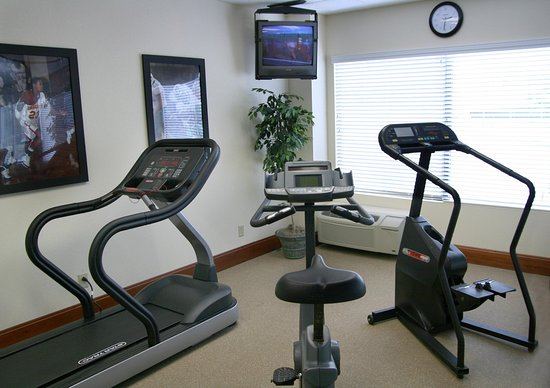 Hampton Inn Charleston - Downtown: Fitness Center