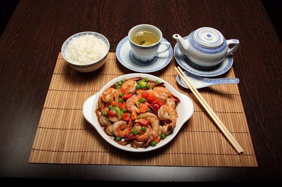 Nynashamn, İsveç: Wokade läckerheter m kinesisk te