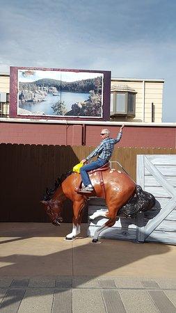 Wall, Dakota del Sur: Riding the Bronco