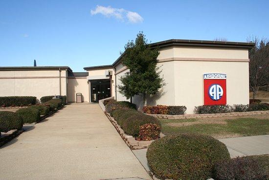 Spring Lake, Βόρεια Καρολίνα: 82nd Airborne Division War Memorial Museum