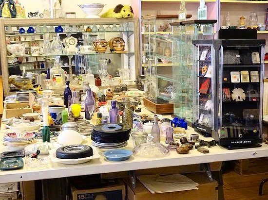 Country Boy Antiques: inside