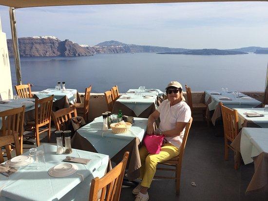 Petros Restaurant: La terrasse du restaurant