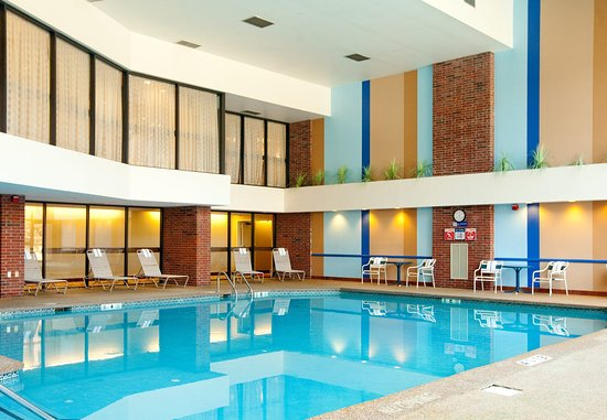 Farmington, CT: Indoor Pool