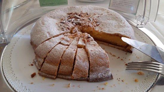 Eco Hotel Edy: torta della nonna
