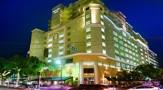 濱江大酒店