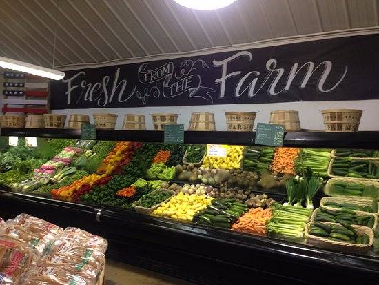 Mount Pleasant, SC: Produce grown at Boone Hall Plantation