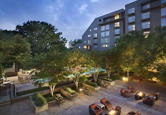 Westlake, TX: Solana Terrace & Pool