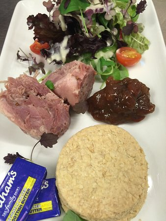 Falkland, UK: Campbells evening meals the first Friday and Saturday of each month