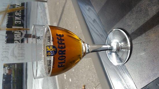 Niort, France : Les Relais d'Alsace Taverne Karlsbrau