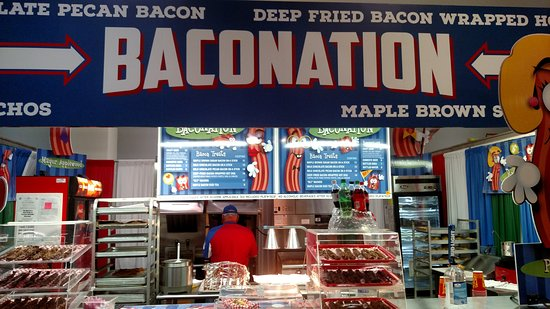 "Fair Park: Typical ""Niche"" food stand. Bacon-oriented!"