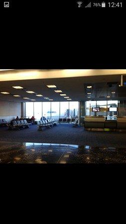 Miami International Airport Hotel: Screenshot_2016-10-20-12-41-59_large.jpg