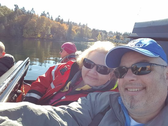 Cowichan Bay, Канада: Lpaded up, excited and maybe a bit nervous