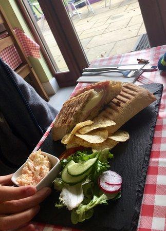 Strathyre, UK: Mozarella & ham panini