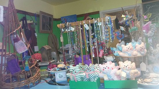 Blagdon, UK: Inside Fanny's shop
