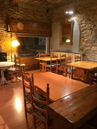 Canfranc, Espanha: No tiene buena pinta para una cena tranquila?