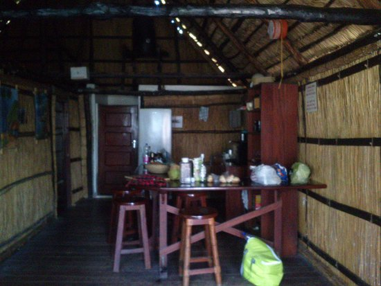 Tofo, Moçambique: Kitchen area