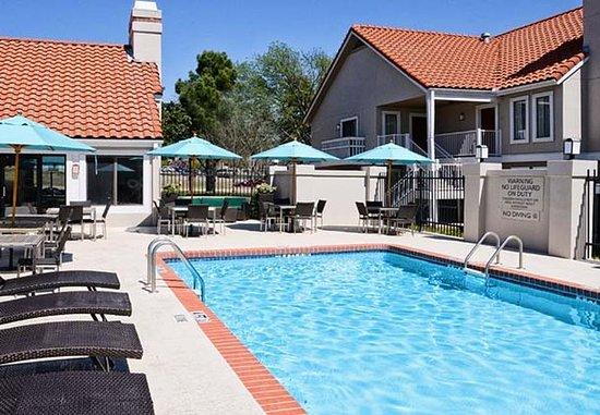Irving, Teksas: Outdoor Pool