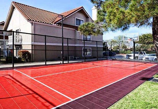 Irving, Teksas: Sport Court
