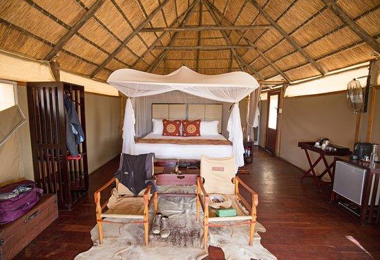Hwange, Zimbabue: Our Room