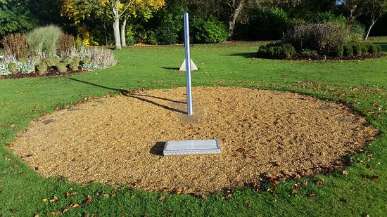 Long Eaton, UK: Sundial