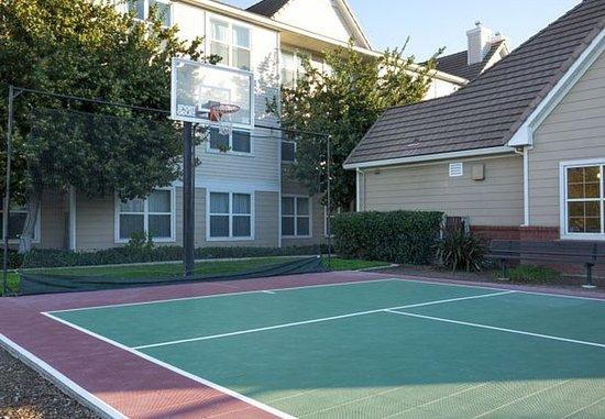 Vacaville, CA: Sport Court®