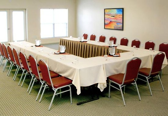 Chapel Hill, NC: Large Meeting Room